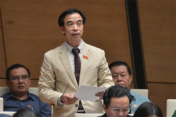 Ông Nguyễn Quang Tuấn