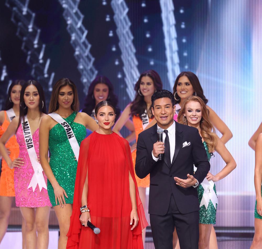 Hoa hậu Hoàn vũ 2012 Olivia Culpo và nam