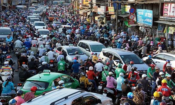 Kẹ xe khu vực từ đường Cộng Hòa đến Trường Chinh là nỗi khổ của người dân lâu nay. Ảnh: Tuyết Nguyễn