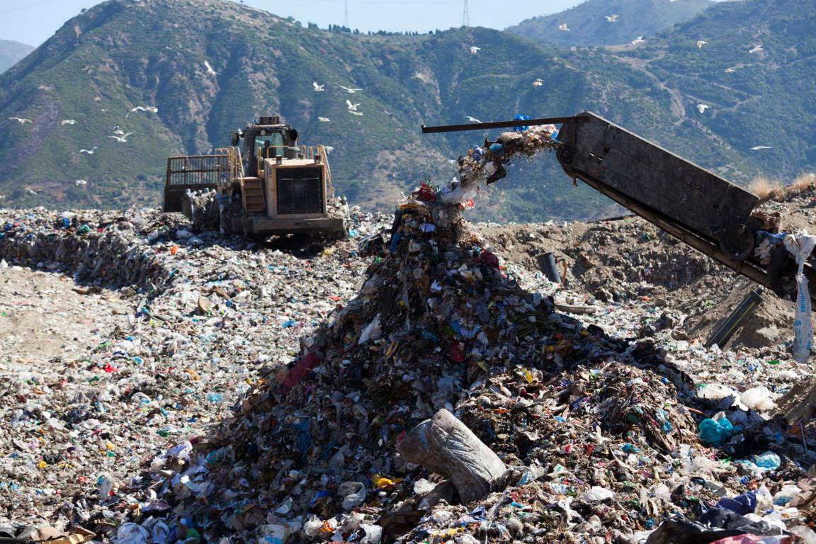 Một số công ty lớn đã tạo ra tới hơn một nửa lượng rác thải nhựa trên toàn cầu - Ảnh: MSN