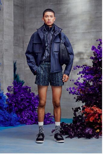Một cái nhìn từ bộ sưu tập mùa xuân năm 2021 của Dior Men.