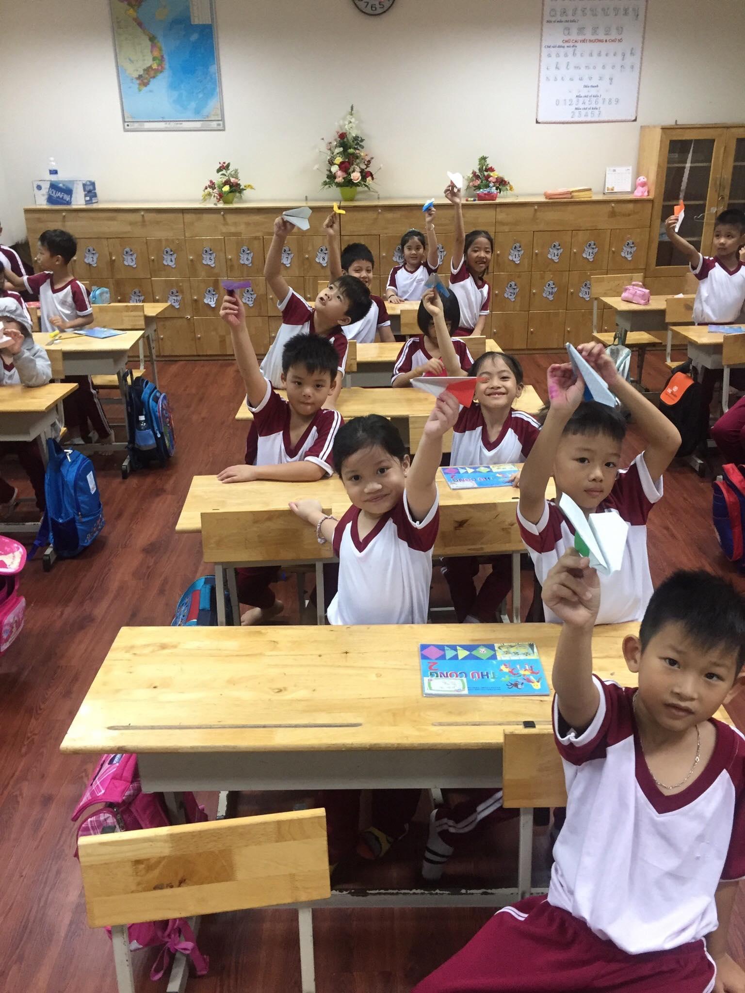 Một tiết học thủ công của học sinh trường Tiểu học Lê Đức Thọ - Gò Vấp