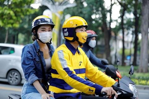 Đối với vận chuyển hành khách bằng xe gắn máy phải hạn chế nói chuyện trong quá trình di chuyển.