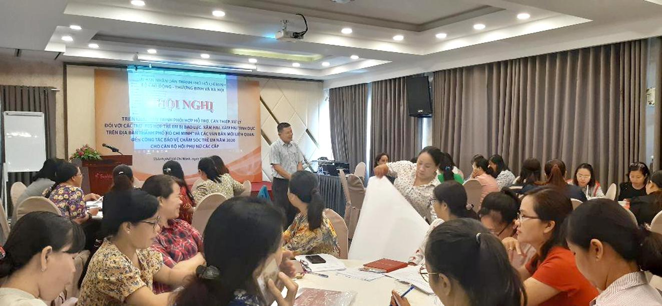 Hội LHPN TP.HCM phối hợp Sở Lao động - Thương binh và Xã hội TP.HCM tổ chức tập huấn về quy trình can thiệp các vụ việc trẻ em bị xâm hại, bạo lực cho cán bộ Hội 24 quận, huyện