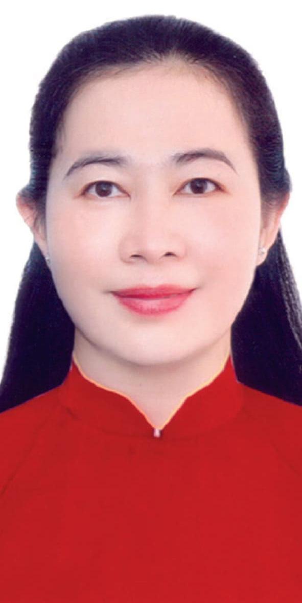 Bà Trần Thị Hồng Nguyệt