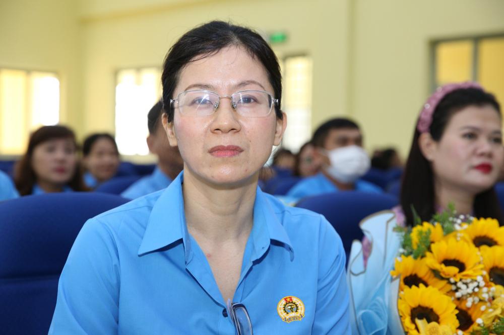 Bà Nguyễn Thị Hồng Nhung
