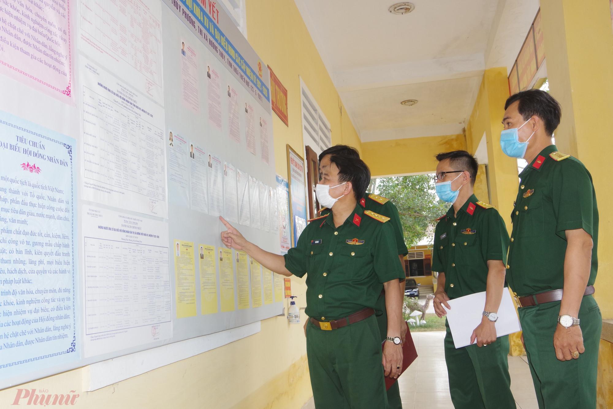 Nhằm chuẩn bị tốt cho công tác bầu cử vào ngày mai 23/5 Bộ CHQS tỉnh đã luôn đi kiểm tra công tác sẵn sàng chiến đấu bảo vệ cho bầu cử ĐBQH và HĐND các cấp, nhiệm kỳ 2021 – 2026 tại các cơ quan, đơn vị