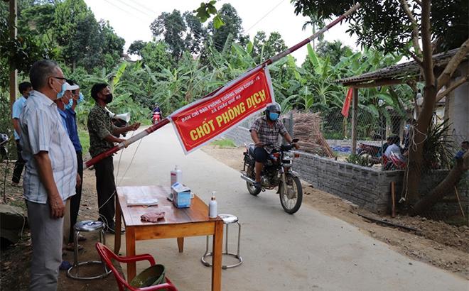 Một chốt kiểm dịch tại huyện Văn Yên, tỉnh Yên Bái.