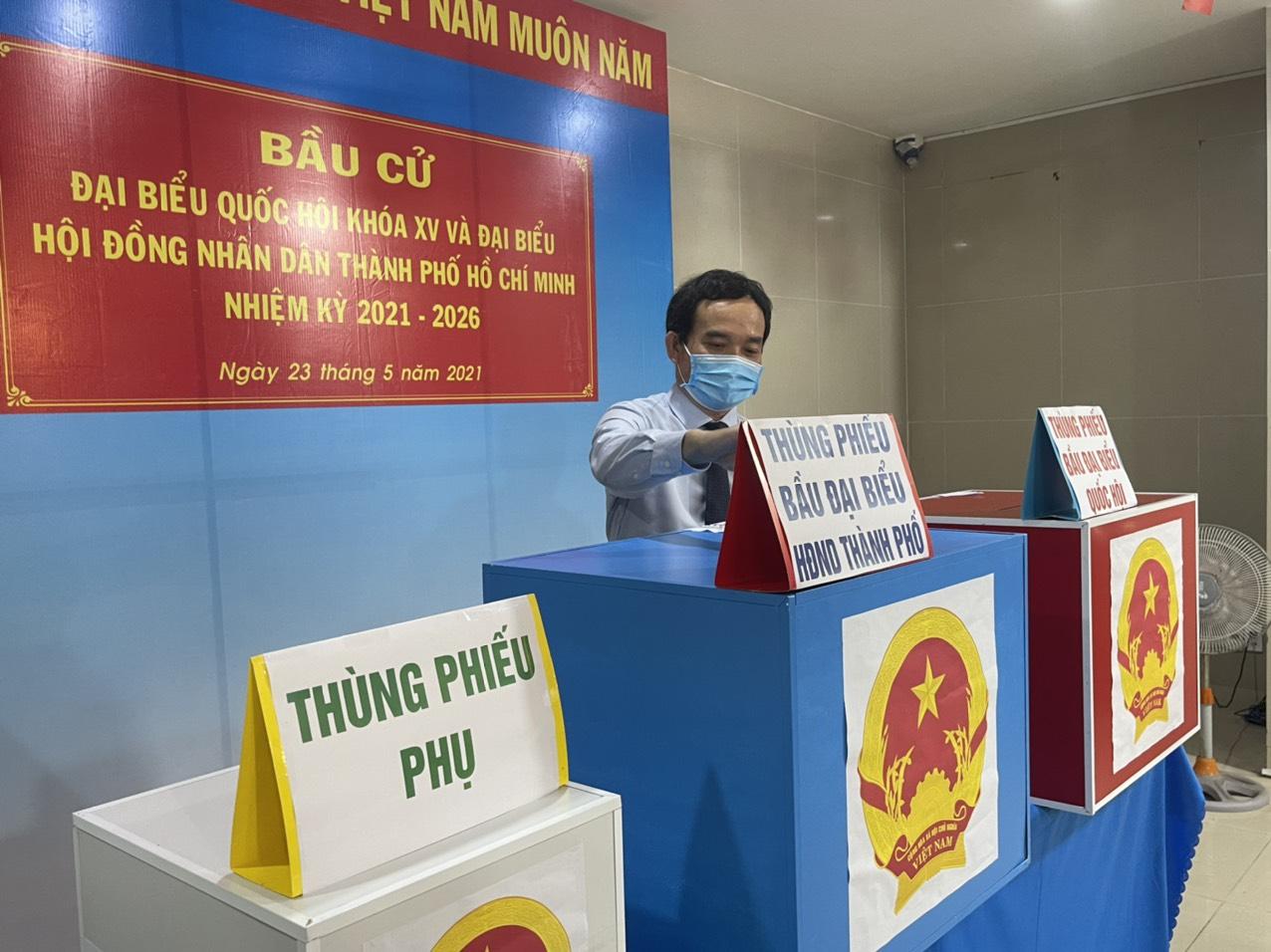 Bí thư Thành ủy Hải Phòng Trần Lưu Quang chính thức bỏ phiếu bầu cử