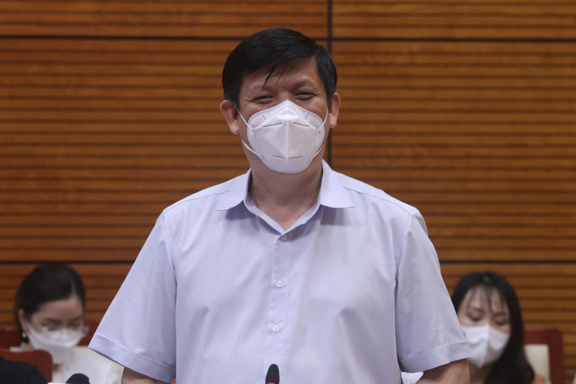 Bộ trưởng Bộ Y tế yêu cầu không để dịch tại Bắc Giang lây lan sang các tỉnh thành