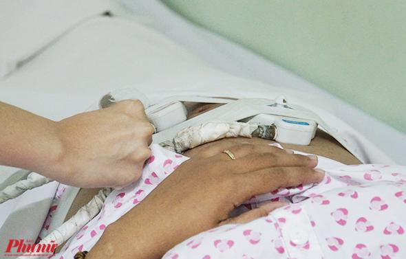 Thai phụ cần đến các cơ sở y tế có chuyên khoa để khám thai và tuân thủ các chỉ định của bác sĩ để sớm phát hiện các rủi ro.