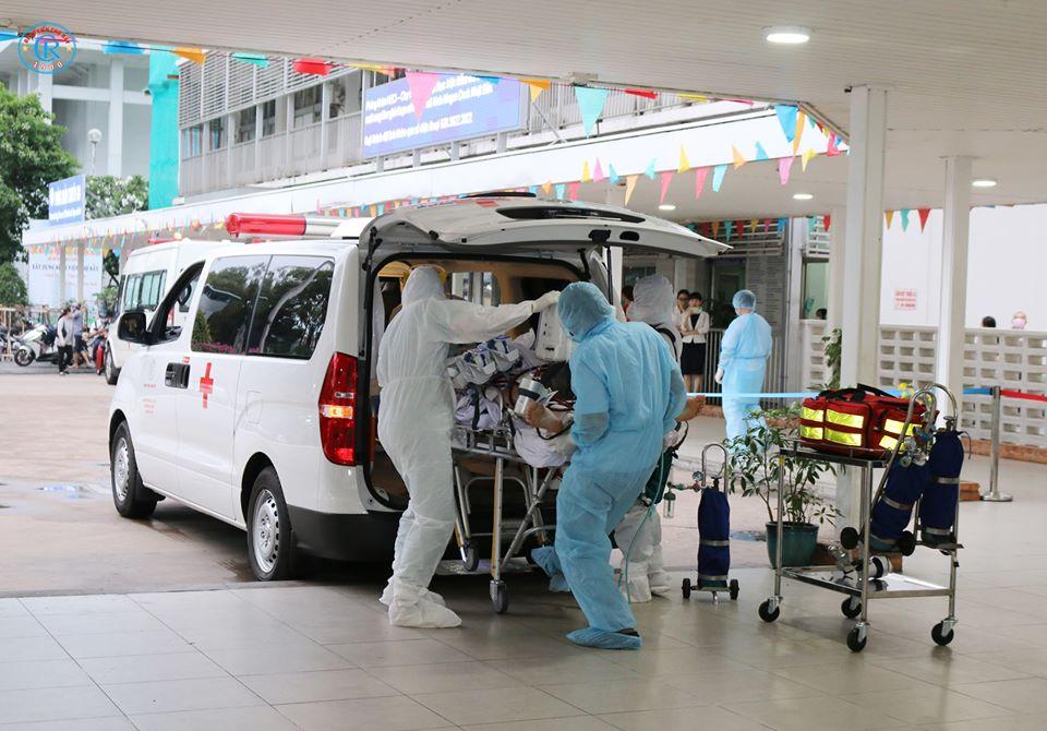 Bộ Y tế yêu cầu tăng cường năng lực điều trị trong bối cảnh đầy thách thức của COVID-19