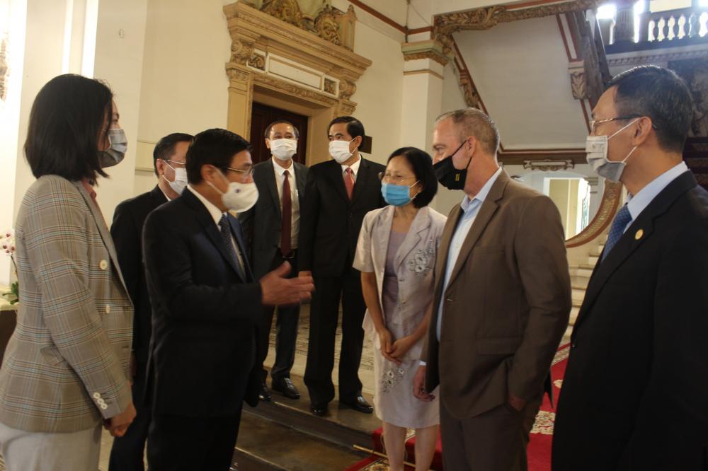 Chủ tịch UBND TPHCM Nguyễn Thành Phong bày tỏ thiện chí hợp tác của TP với các trường đại học uy tín của Hoa Kỳ trong đó có ASU.