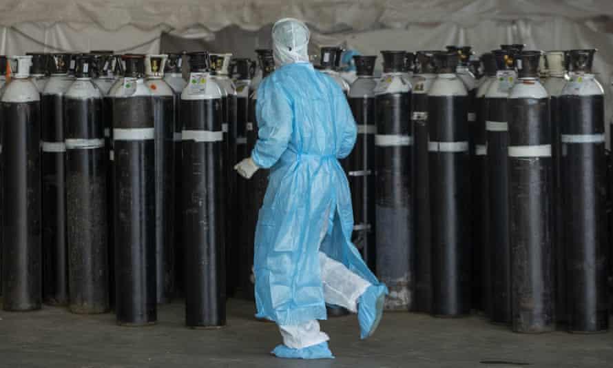 Bình oxy trong một đơn vị cấp cứu tạm thời tại bệnh viện Steve Biko Academic ở Pretoria, Nam Phi
