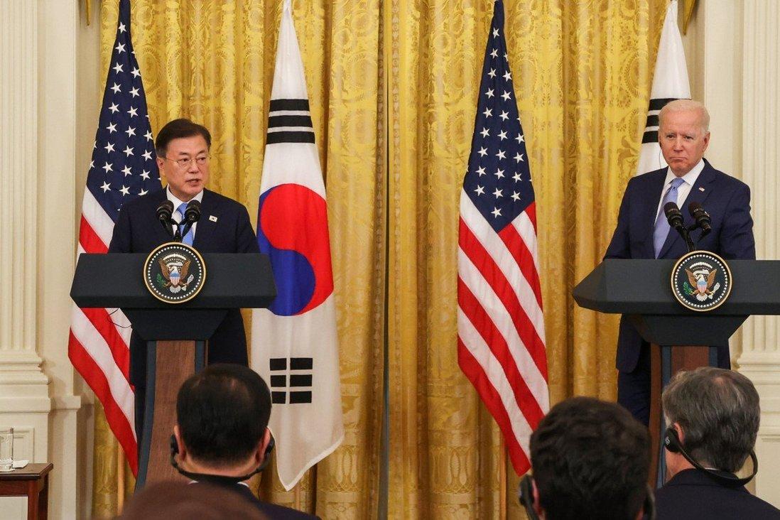 Tổng thống Mỹ Joe Biden đã nói về BTS và K-pop trong cuộc gặp với Tổng thống Hàn Quốc Moon Jae-in tại Nhà Trắng