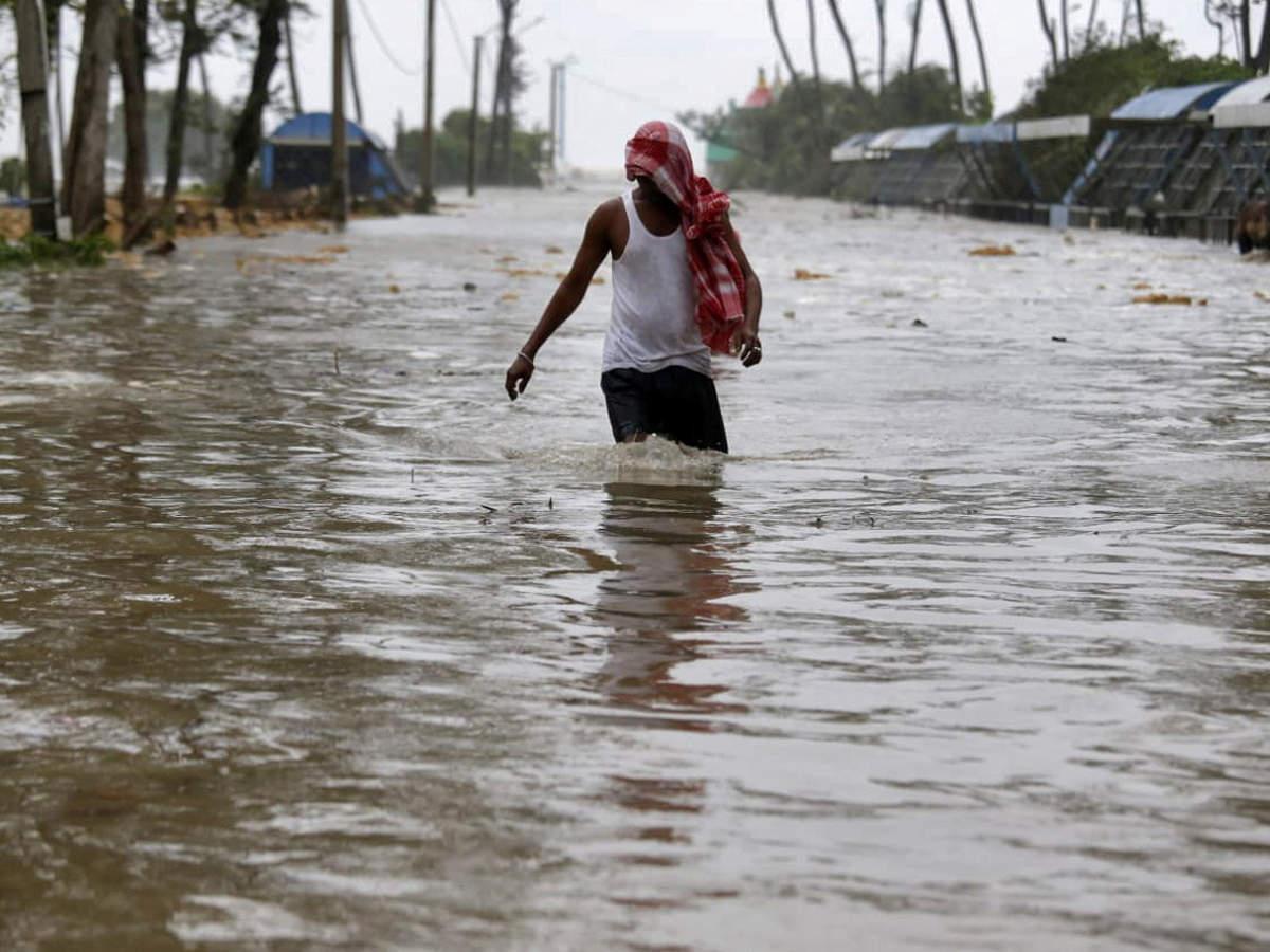 Ít nhất 2 người đã thiệt mạng vì bão Yaas ở bang Odisha
