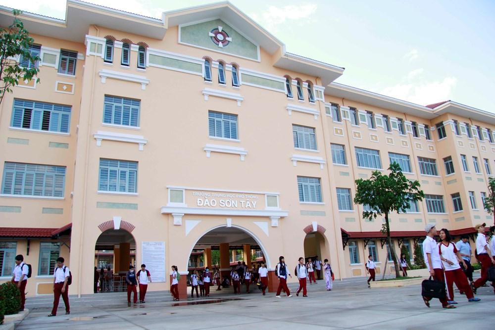 Trường THPT Đào Sơn Tây