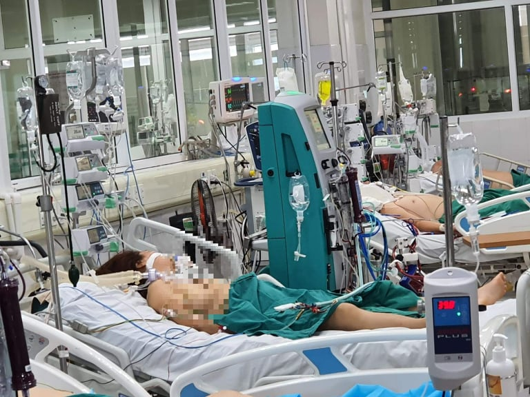 ệ5 bnh nhân COVID-19 tại Bệnh viện Bệnh Nhiệt đới Trung ương đã hồi phục ngoạn mục