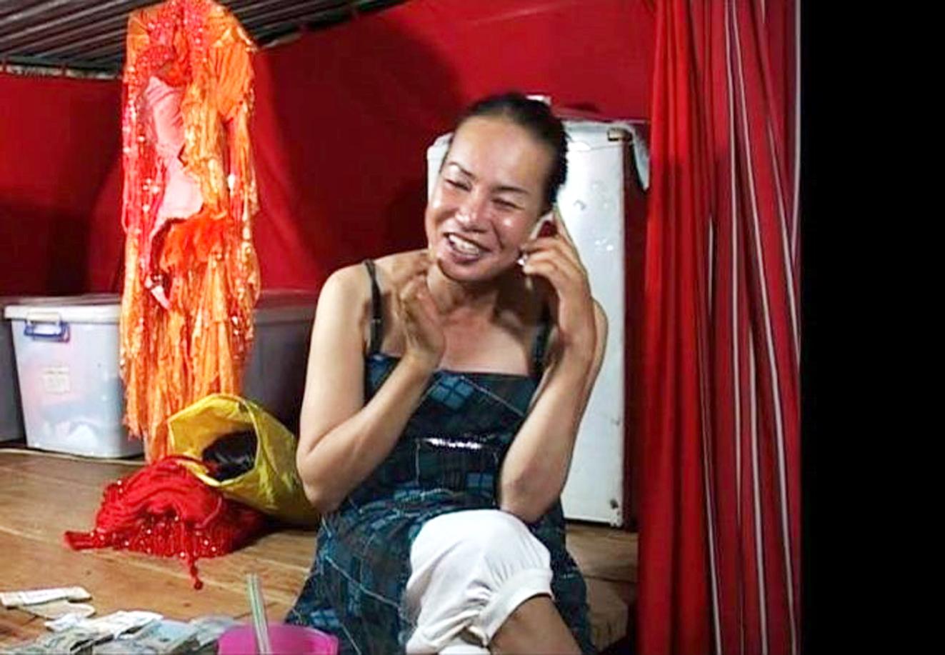 Chuyến đi cuối cùng của chị Phụng -  một trong những phim tài liệu ra rạp ở Việt Nam