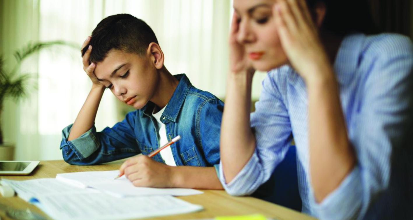 Để chủ động vượt qua những tác động từ COVID-19, học sinh, sinh viên nên bình thường hóa cảm xúc lo lắng bằng cách tăng cường chuyện trò với người thân về cảm giác bất an, sự tổn thương của mình