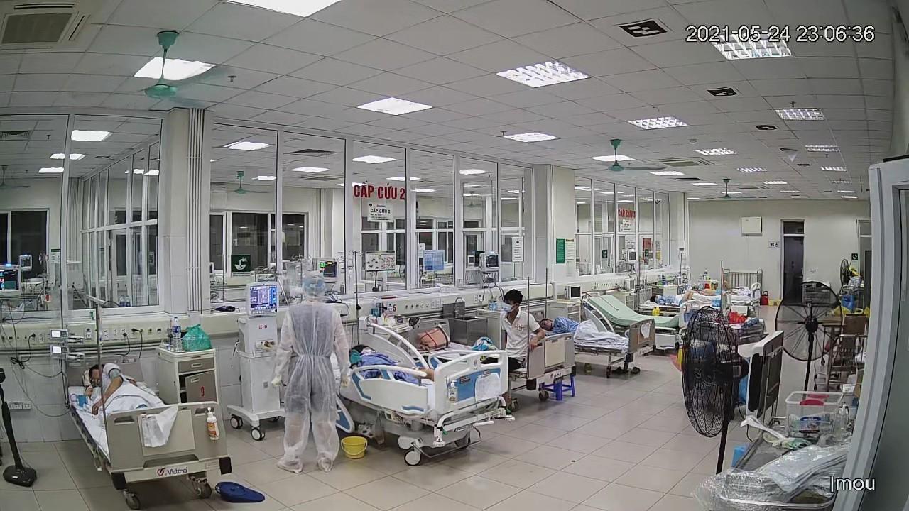 50 bệnh nhân tại Bệnh viện Bệnh Nhiệt đới Trung ương ra viện
