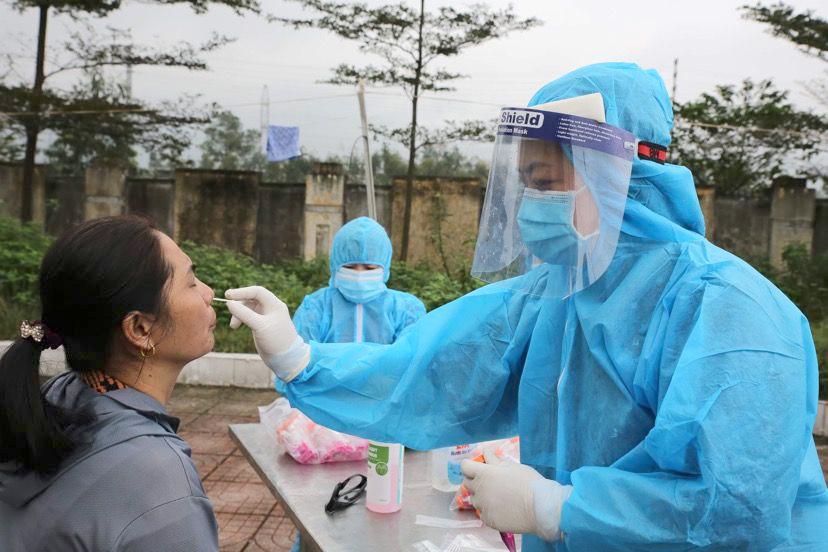 Tất cả người dân các địa phương khác khi đến Hà Tĩnh buộc phải khai báo y tế