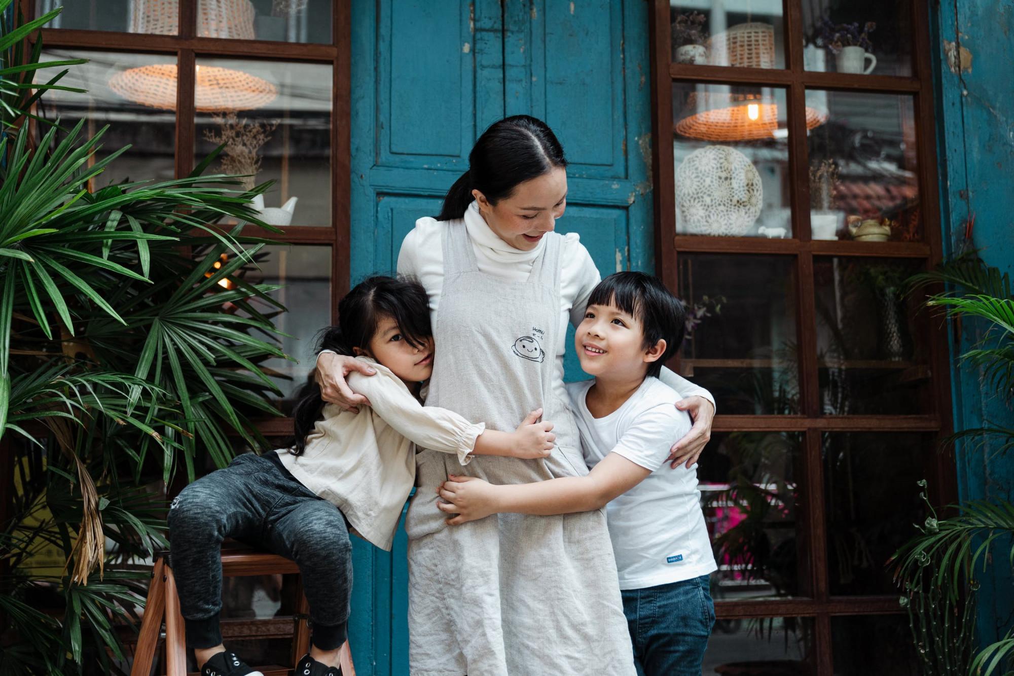 Tình yêu của trẻ là tình yêu đẹp nhất, trong trẻo nhất