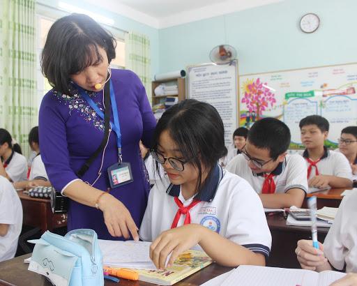 Học sinh lớp 9 ôn tập chuẩn bị dự thi tuyển sinh vào lớp 10    Ảnh:baobariavungtau
