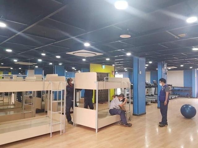 KTX cho công nhân Sam Sung Bắc Ninh trang bị cả máy tập thể dục.
