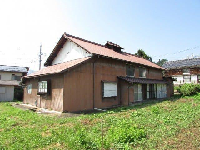 Một căn nhà bỏ không ở Nagano