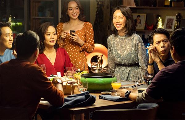 Phiên bản Việt Nam của phim là Tiệc trăng máu thu 175 tỷ đồng, lọt top 5 phim Việt ăn khách nhất lịch sử