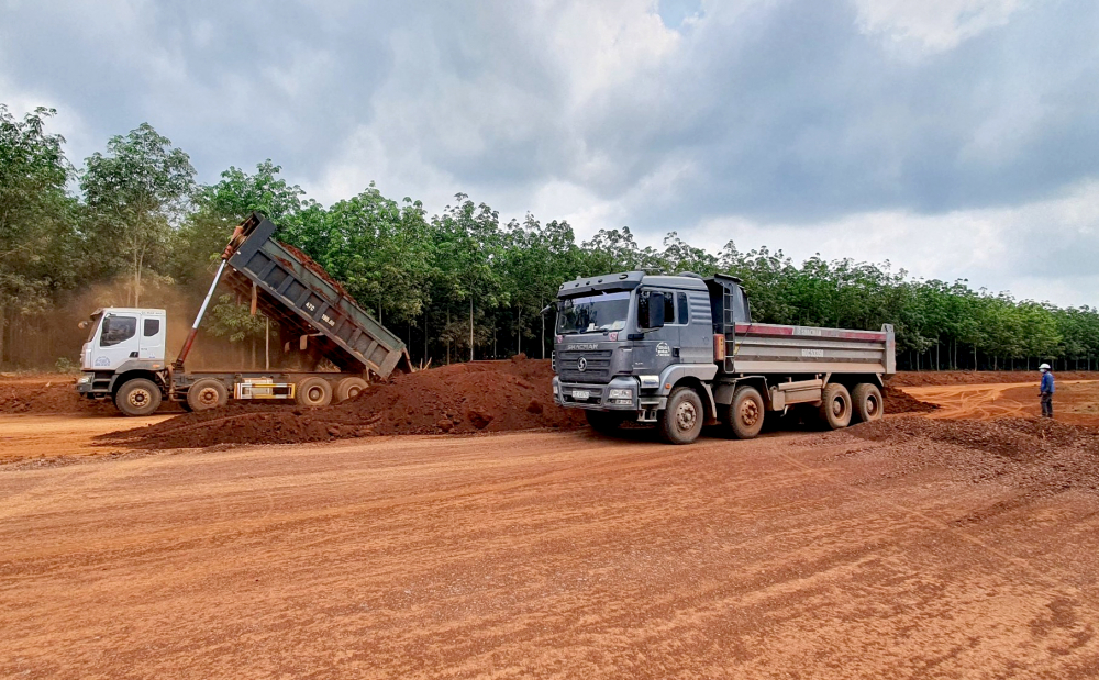 Theo ông Lê Tuấn, Chỉ huy trưởng kiêm Giám đốc điều hành Liên danh Nhà thầu Tổng công ty Xây dựng Thăng Long – Cienco 6 cho biết, sau 5 tháng thi công hiện tại công tác thi công vẫn đang bám sát tiến độ.