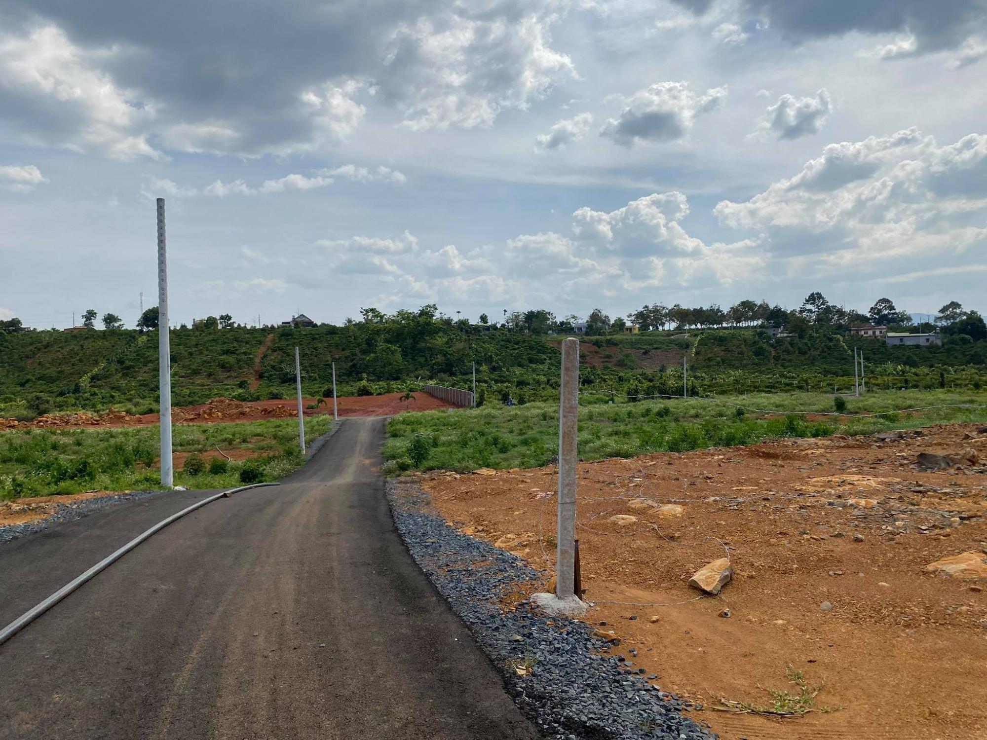Nhiều khu đất xin hiến đất mở đường để núp bóng phân lô bán nền