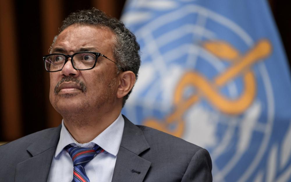 """""""Sẽ là một sai lầm lớn đối với bất kỳ quốc gia nào khi nghĩ rằng nguy cơ đã qua đi"""", Tổng Giám đốc WHO Tedros Adhanom Ghebreyesus cho biết đầu tuần qua khi bế mạc Đại hội đồng Y tế Thế giới - Ảnh: Reuters"""