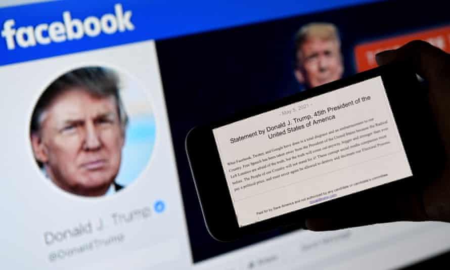 Facebook tạm ngưng hoạt động tài khoản của ông Donald Trump trong 2 năm.