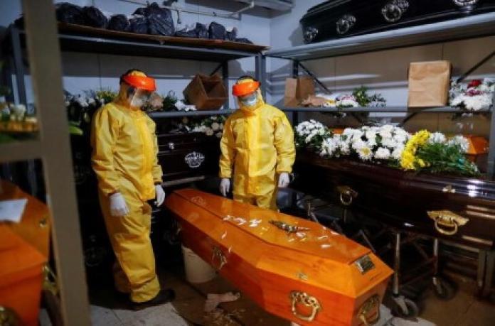 Argentina vật lộn với đợt bùng phát dịch COVID-19 với hơn 80.000 người chết.,