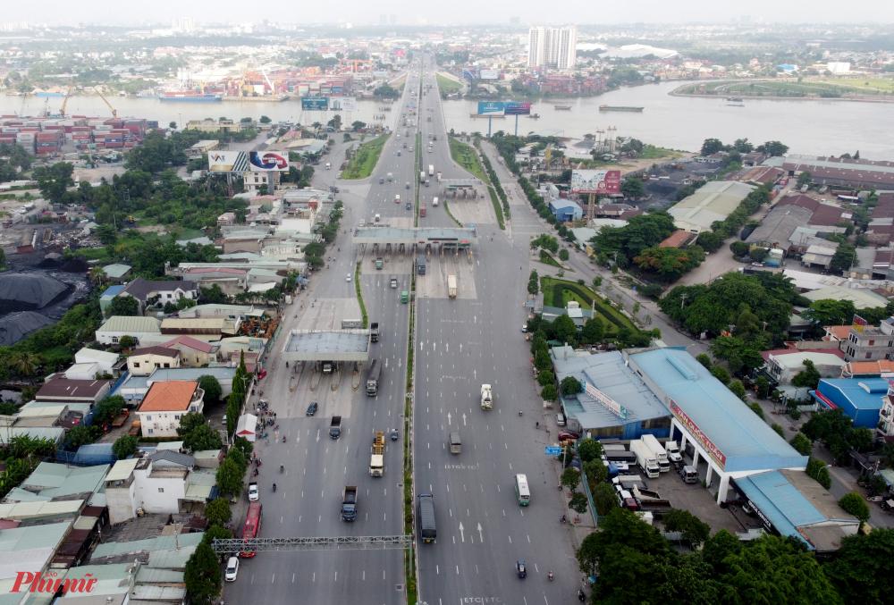 Theo văn bản chỉ đạo hỏa tốc của UBND tỉnh Đồng Nai về việc cách ly 21 ngày đối với người về/đến TPHCM, trên Quốc lộ 1