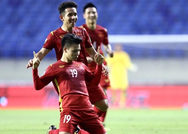 Đã có lo lắng với đội tuyển Việt Nam sau hơn 1 năm khi các cầu thủ không được thi đấu. Tuy nhiên những gì các cầu thủ áo đỏ thể hiện trên sân hoàn toàn thuyết phục người hâm mộ cả nước. Ảnh: Zing