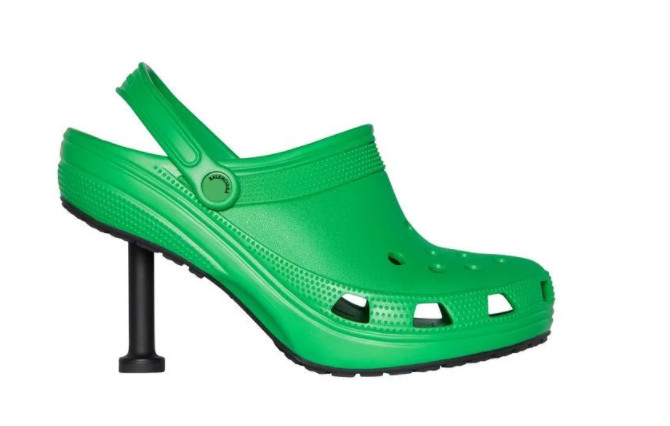 Mẫu giày Balenciaga Crocs 2.0