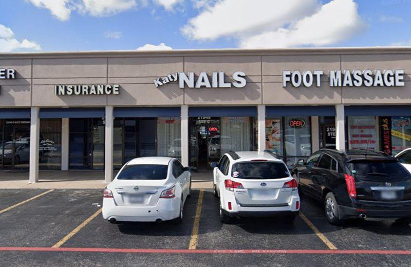 Tiệm nail Katy ở thành phố Houston nơi xảy ra vụ việc - Ảnh: nydailynews