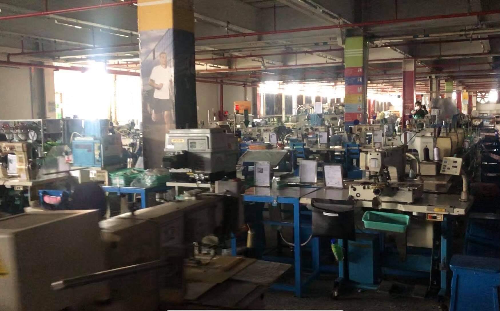 Khu vực nhà máy nơi nữ công nhân làm việc
