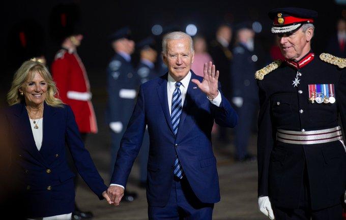 Tổng thống Mỹ Biden đến Cornwall (Anh) tham dự Hội nghị thượng đỉnh G7 - Ảnh: Twitter