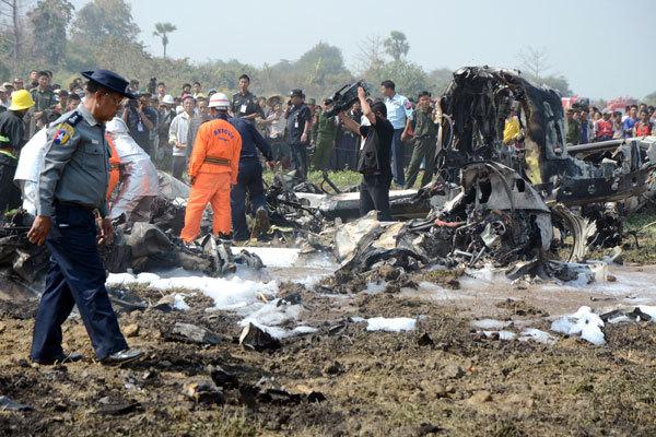 Đội cứu hộ may mắn tìm thấy hai người sống sót sau vụ tai nạn