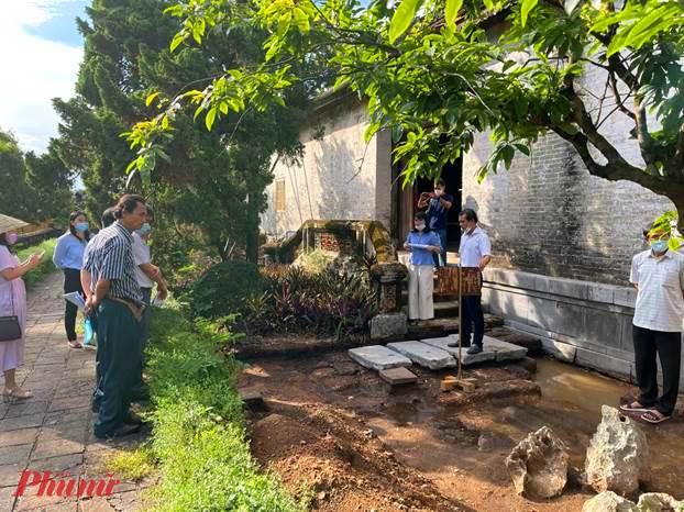 Hội đồng khoa học Trung tâm nghe báo cáo công tác khảo cổ tại di tích điện Thái Hòa