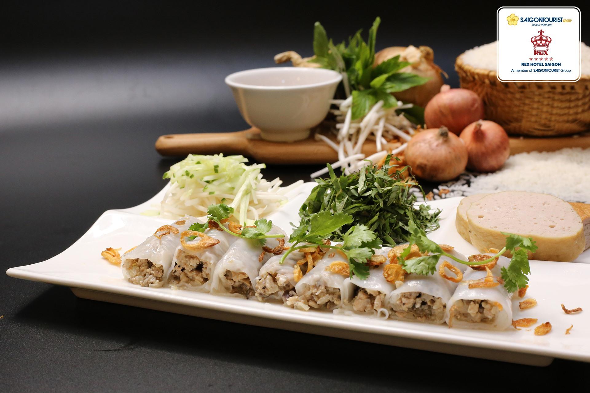 Để đáp ứng tiêu chuẩn an toàn cao nhất cho việc thưởng thức món ngon tại nhà, khách sạn Rex Sài Gòn giới thiệu Chương trình giao hàng tận nơi (Food Delivery) với nhiều món ăn ưa thích gồm cả Bữa sáng & Bữa trưa.