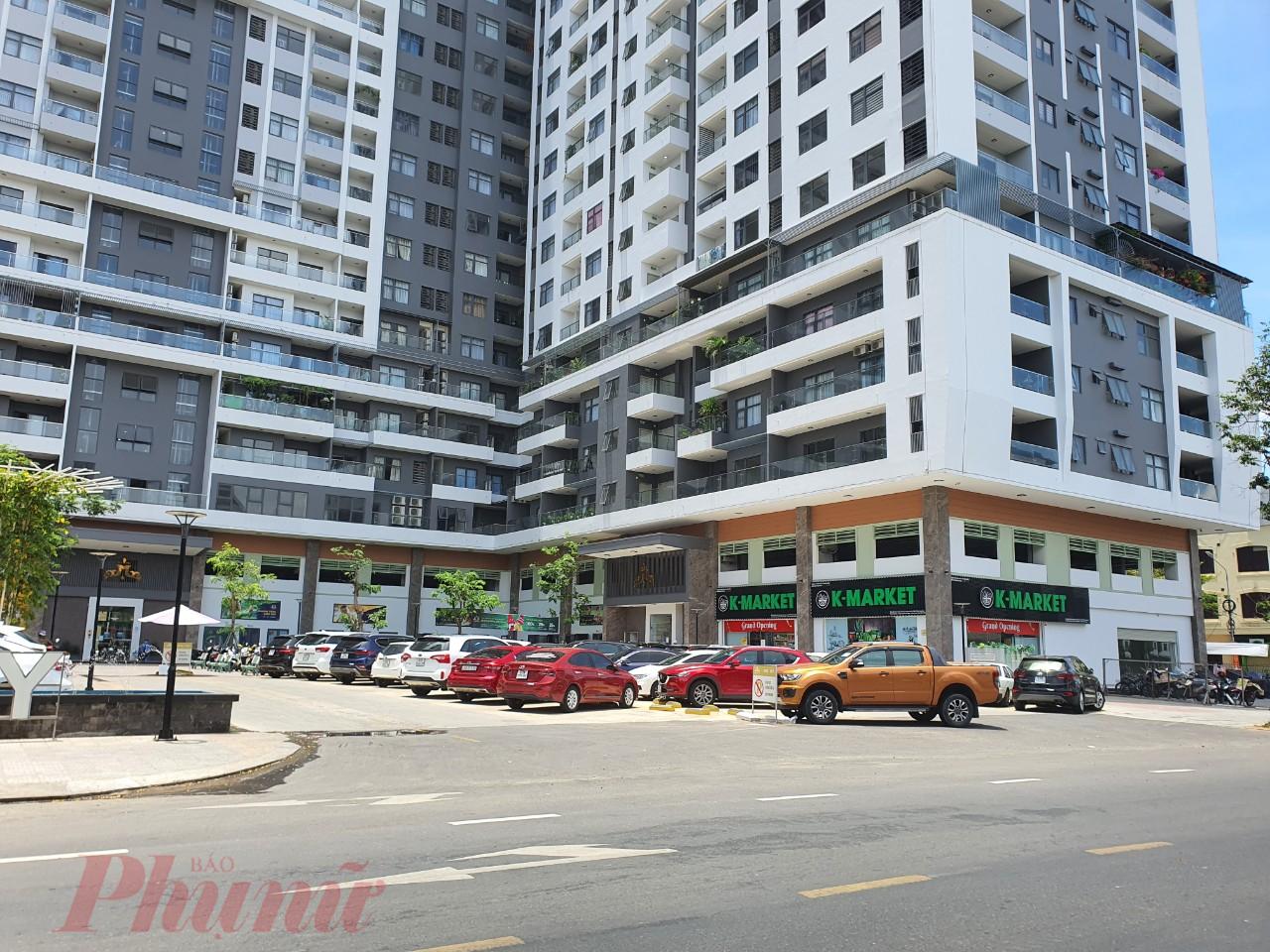 Dù chưa có quyết định chủ trương đầu tư của UBND TP.Đà Nẵng nhưng khu phức hợp Monarchy 34 tầng vẫn hoàn thiện việc xây dựng