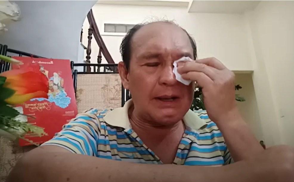 Gần đây, nghệ sĩ Duy Phương làm một số clip chia sẻ lện YouTube. Ông gây xôn xao khi nói về các con: diễn viên Duy Phước, Lê Lộc