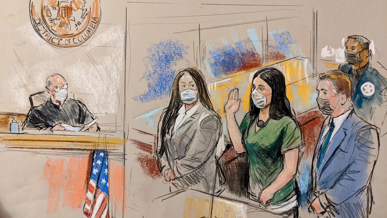 Emma Aispuro xuất hiện trước tòa hôm 10/6 - Ảnh: William J. Hennessy Jr.