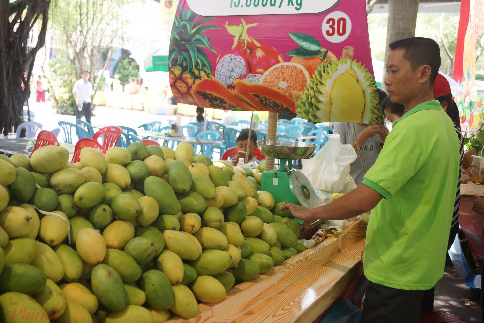 Dù chịu ảnh hưởng tiêu cực bởi dịch COVID-19 nhưng trái cây xuất khẩu sang nhiều thị trường vẫn tăng mạnh.