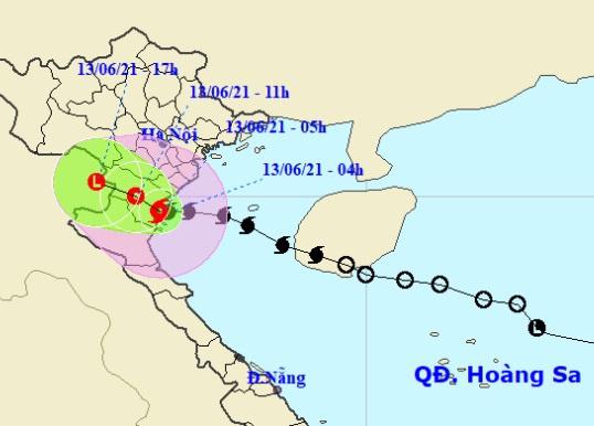 Hình ảnh đường đi của bão số 2 cho thấy tâm bão nằm trên khu vực Thanh Hóa lúc 5h ngày 13/6. Ảnh: NCHMF.